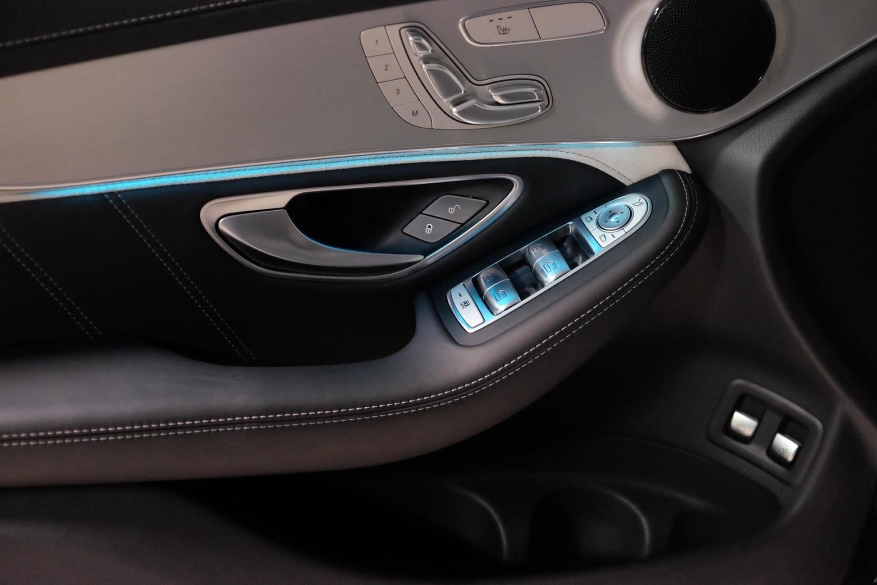 Mercedes-Benz-GLC-7