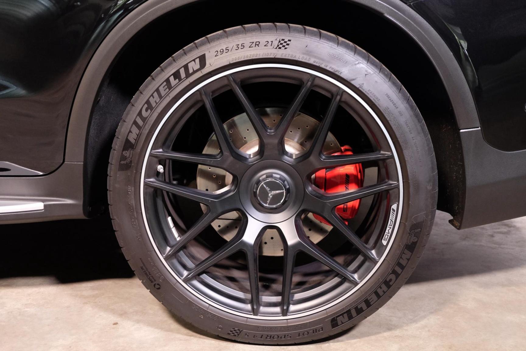 Mercedes-Benz-GLC-5